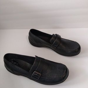 BOC Born Concept pebbled leather loafer size 11